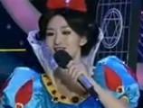点击观看《百变大咖秀 20120816 何炅变身哈利波特 贾玲帅气变身李宇春》