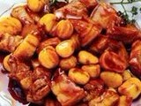 点击观看《美女私房菜 20121013 板栗烧肉》